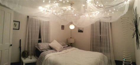 ceiling   bedroom  white christmas