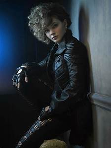 Camren Bicondova, Selina Kyle 🐱 Gotham Season 2