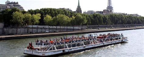 Bateau Mouche A Vendre by Naufrage Mortel Sur La Seine Le Pilote D Un Bateau Mouche