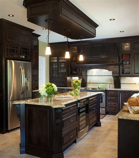 cuisine classique armoires de cuisine classique en bois de pin massif
