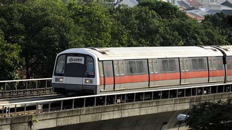 Singapore Returns Faulty Trains To China For Repair