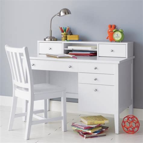Childerns Desk by 25 Ideas To Create Practical Desk Spaces For Kidsomania