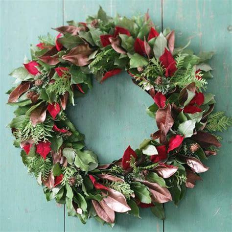 decorating wreath ideas 21 diy christmas wreath decorating ideas