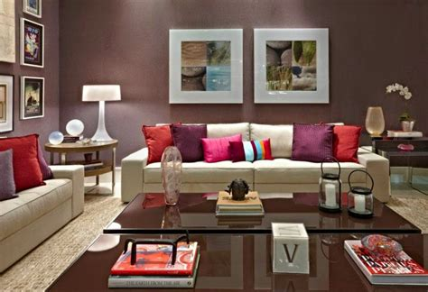 10 Striking Living Room Wall Decor Ideas For Fresh Morning