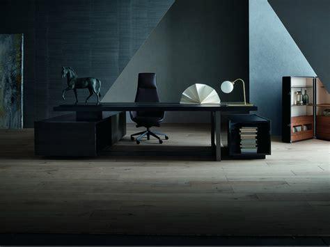 Downtown Executive Chair By Poltrona Frau Design Jean