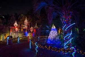 Christmas Lights In River Oaks Houston Texas Houston Holiday Happiness