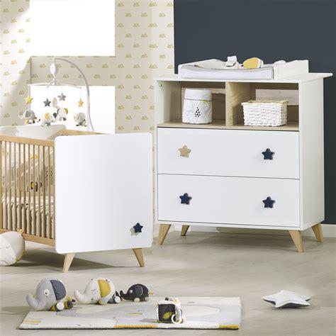 chambre bébé lit commode chambre bébé duo lit commode oslo bouton étoile de