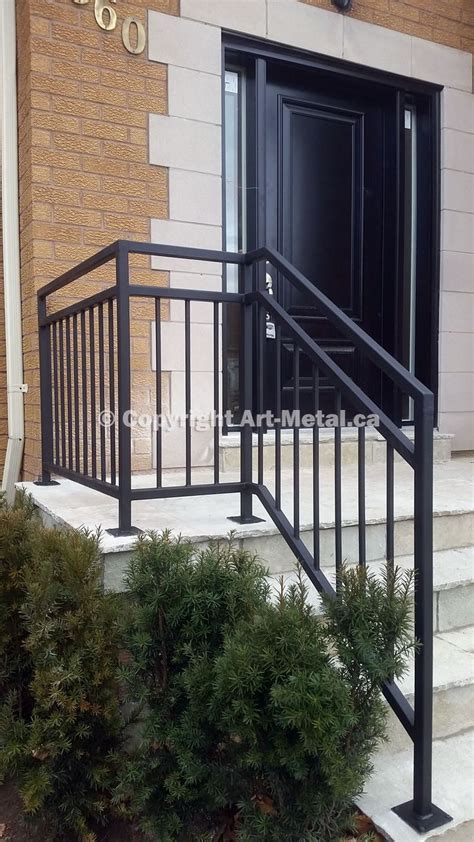 Outdoor Banister Railing by Best 25 Railings Ideas On Stair Railing