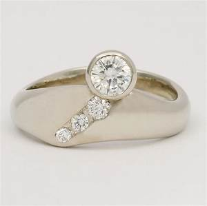 18kw carved diamond wedding set With carved wedding ring