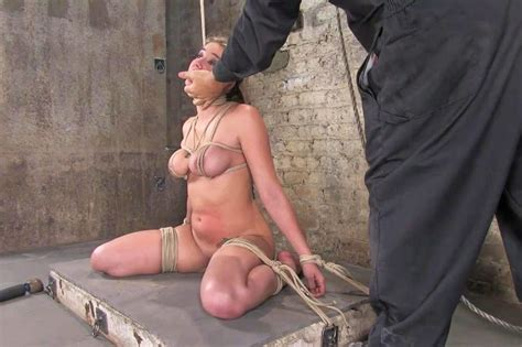 amateur bdsm bdsm punishment video and french maid submissive