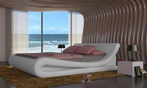 Lit design en cuir blanc avec matelas 140 x 200 cm for Chambre design avec sommier et matelas 120x200