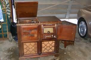 Vintage Magnavox Record Player Cabinet by Antique Magnavox Belvedere Console Radio