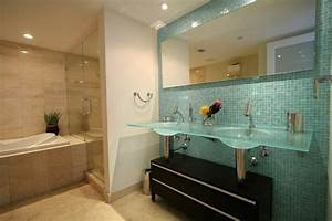 le meuble salle de bain a double vasque convient a une With salle de bain design avec double vasque en verre