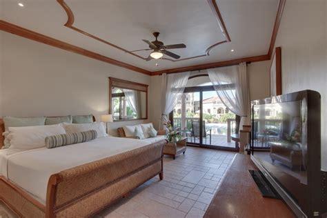 Luxury Hotel Rooms • Coco Beach Resort