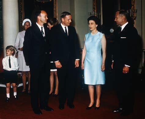 queen elizabeth ii   apollo  astronauts
