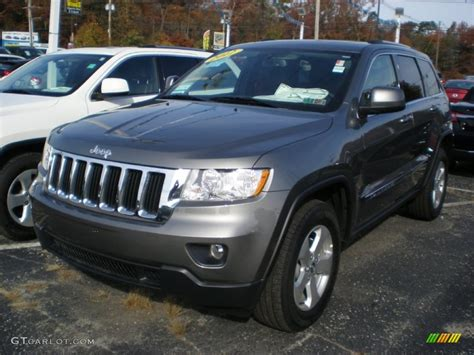 jeep grand cherokee gray 2012 mineral gray metallic jeep grand cherokee laredo x
