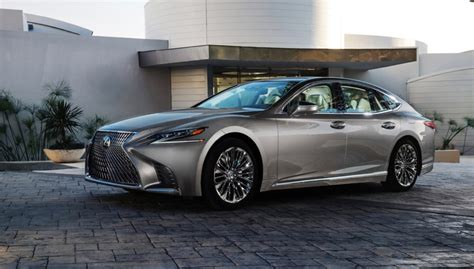 lexus crossover lexus is worried that sedans will be the crossover 39 s next