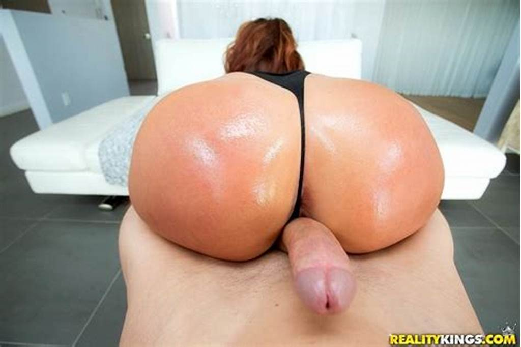#Savannah #Fox #Shows #Off #Amazing #Ass #For #Anal