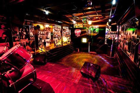 cult  rock bar df pub decor pinterest bar  rocks