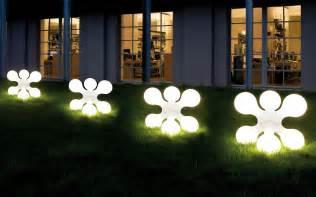 Solar Lamp Outdoor by The Enlightening Luminosity Of Solar Outside Lamps