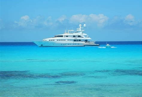 Bahamas Boat Charter by The Bahamas Luxury Yacht Charter Guide What You Need To