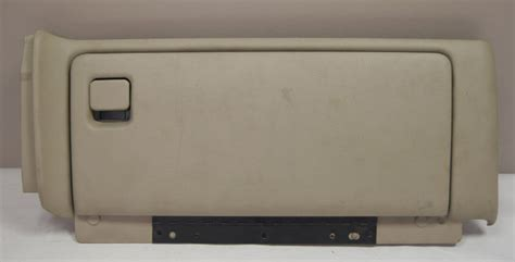 Trucks Glove Box Assembly Med Neutral Tan Used