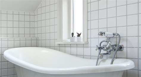 kit réparation baignoire acrylique tout sur la r 233 paration d une baignoire acrylique