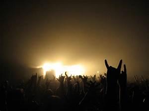 Rock Concert Wallpaper - WallpaperSafari