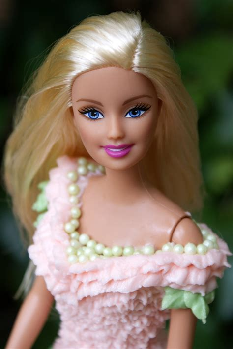 loveliness barbie doll cake