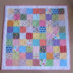 patchwork quilts the pink button tree make a patchwork quilt in a weekend