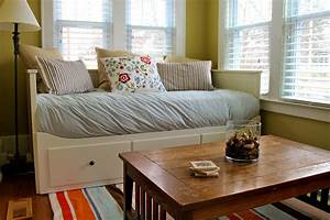 Daybed in living room surripuinet for Daybeds for living room
