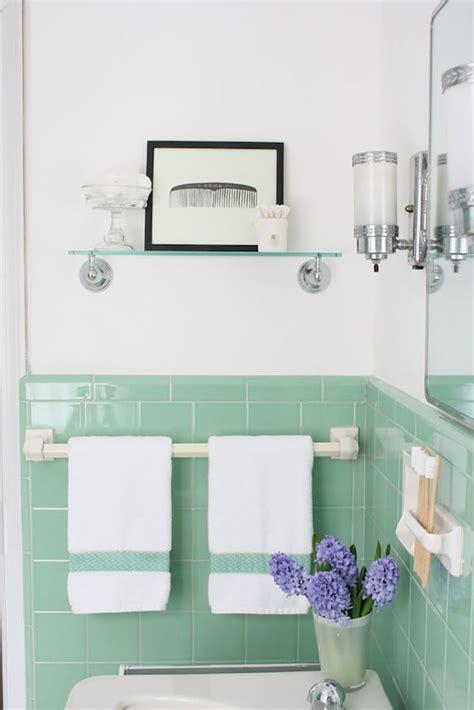 vintage bathroom tiles ideas  pinterest tiled