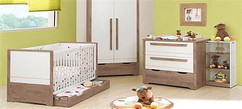 préparer la chambre de bébé préparer la chambre de bébé en 3 é mamansactives fr