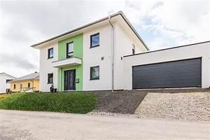Stadtvilla Mit Garage : ausbauhaus stadtvilla mit photovoltaikanlage und ~ A.2002-acura-tl-radio.info Haus und Dekorationen