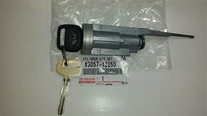 Service Manual  2000 Toyota Corolla Ignition Switch How To