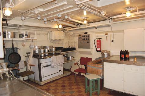 küchenzeile mit geräten günstig konservierung eines museumsschiffes die quot gera quot restauro