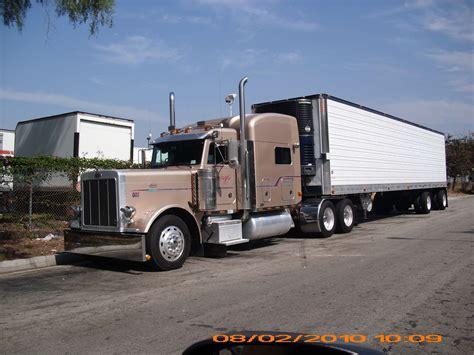 18 Wheeler Semi Truck Wallpaper by View Of 18 Wheeler Wallpaper Hd Car Wallpapers