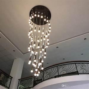 Großhandel LED Regen Tropfen Lichter Lange Spirale