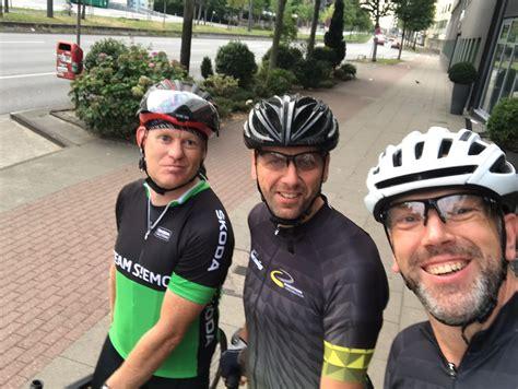 scheiben tönen hamburg rennradfahrer bei der cyclassics in hamburg marathon ibbenb 252 ren