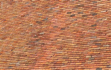 tuile petit moule prix d une toiture en tuile les vrais chiffres 2019