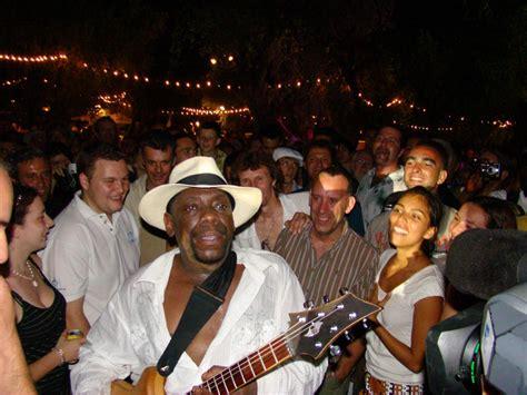 Les Nuits Guitares // Accueil