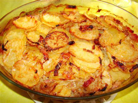 cuisiner la pomme de terre recette pommes de terre à la boulangère 750g