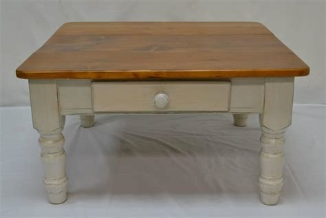 Pine Turned Leg Coffee Table For Sale At 1stdibs Tree Trunk Coffee Table Uk Ratings Of French Press Makers Folgers Guerrilla Marketing Mexican Narrow Manufacturer Filters Intelligentsia Parent Company