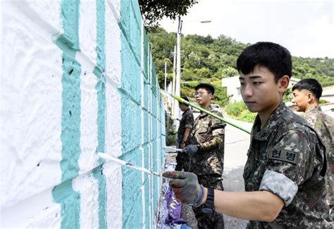 `목포 구도심 낡은 벽이 산뜻하게 변한 이유는` 전남일보