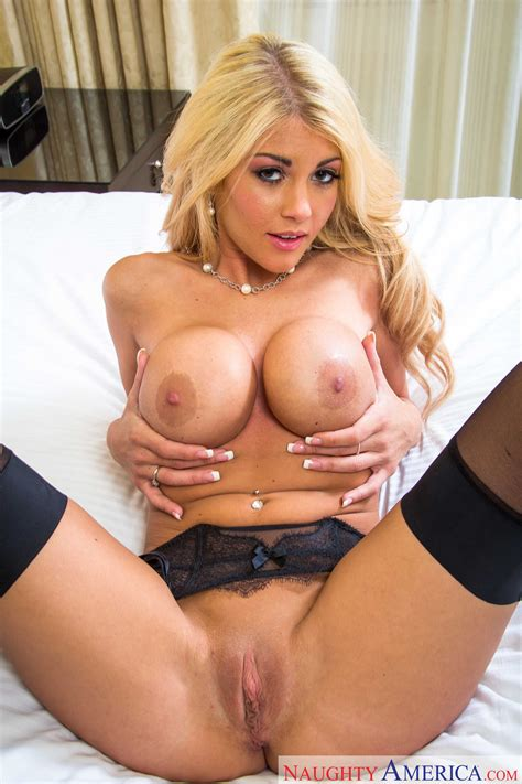 Great Looking Blonde Is Getting Fucked Good Photos Kayla