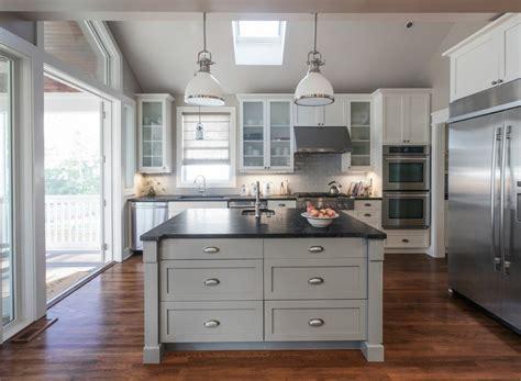 idee de cuisine cuisine idee deco cuisine ouverte sur salon