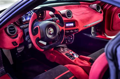alfa romeo  spider  garage italia customs