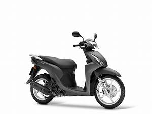 Scooter Honda Vision 110 Occasion : honda vision 110 2017 motorrad fotos motorrad bilder ~ New.letsfixerimages.club Revue des Voitures