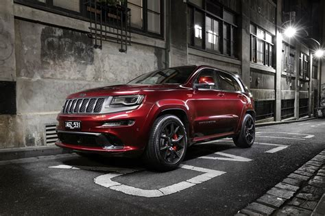 srt jeep red 2016 jeep grand cherokee srt night review photos caradvice