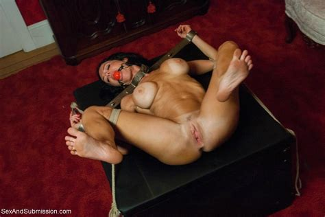 Rough Bondage Sex Storyline Feature With Anal Milf Pichunter